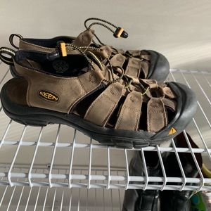 Keen sandal shoes leather and mesh